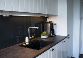 Keuken Glazen Achterwand : 10 gratis tips voor glazen keukenachterwanden glazz®